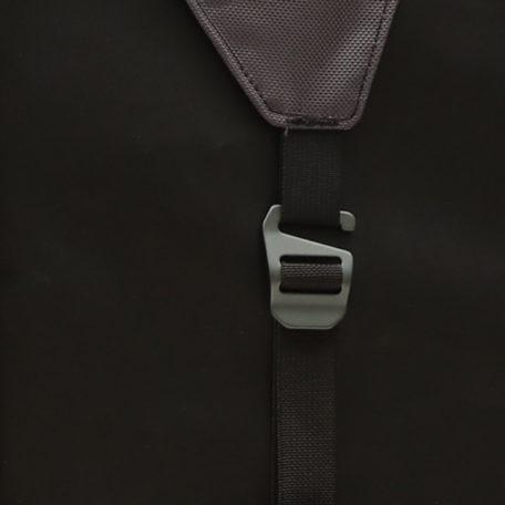 newton-4-closeup-buckle600x600